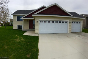 901 15th Avenue NW, Kasson, MN 55944
