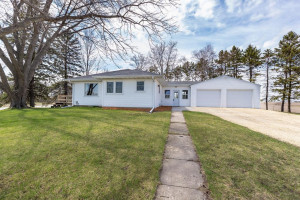 10541 Highway 52 SE, Chatfield, MN 55923