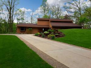 6930 Buckthorn Drive NW, Rochester, MN 55901