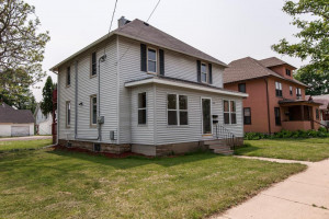 218 7th Street NW, Rochester, MN 55901