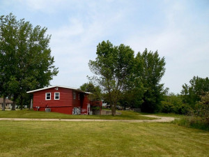 706 3rd Avenue NW, Dodge Center, MN 55927