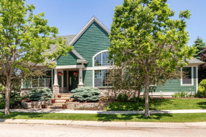 1222 Fox Hill Place SW, Rochester, MN 55902