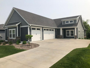 3882 Eastwood Road SE, Rochester, MN 55904