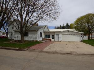 139 2nd Avenue NE, Blooming Prairie, MN 55917