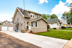 921 4th Avenue SE, Rochester, MN 55904