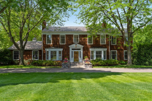 497 Highcroft Road, Wayzata, MN