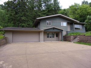 1483 Gilmore Valley Road, Winona, MN 55987