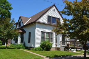 616 W Belleview Street, Winona, MN 55987