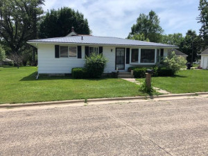 503 Bench Street SW, Chatfield, MN 55923