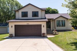3850 Cobblestone Lane NW, Rochester, MN 55901