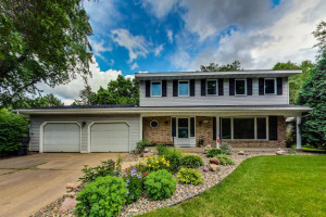 9617 Rich Road, Bloomington, MN 55437