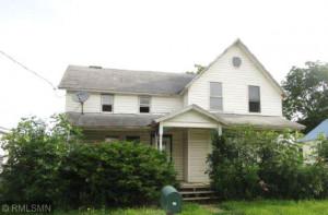 100 S 1st Street, Lewiston, MN 55952