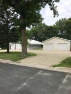 224 1/2 E Maple Street, Dexter, MN 55926