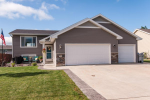 1506 3rd Street NW, Kasson, MN 55944