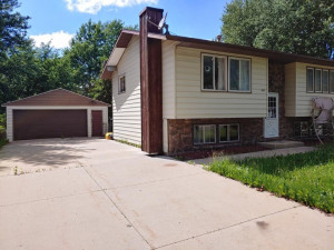 603 5th Street NW, Kasson, MN 55944