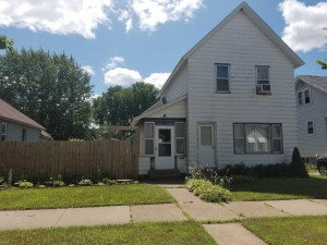 711 E 9th Street, Winona, MN 55987