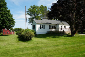 55626 State Highway 56, West Concord, MN 55985