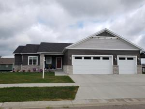 1259 Brookfield Court NE, Byron, MN 55920
