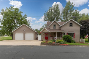 400 Griswold Street, Spring Valley, MN 55975