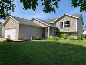 603 13th Avenue NW, Kasson, MN 55944