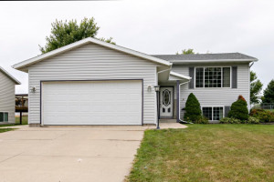 218 10th Avenue NW, Byron, MN 55920