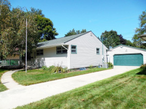1821 26th Street NW, Rochester, MN 55901