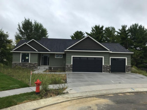 2675 Century Pine Lane NE, Rochester, MN 55906