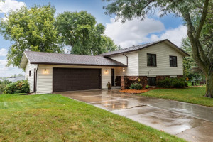 501 7th Street NW, Byron, MN 55920