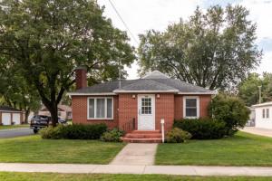 House for Sale 500 2nd St SW Stewartville, MN 55976 Front