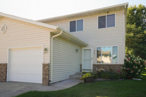 330 10th Avenue NW, Byron, MN 55920