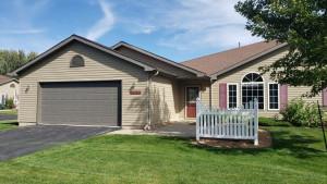 1707-B Carriage Homes Drive SW, Austin, MN 55912