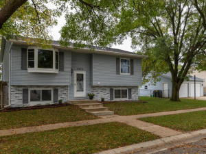 4376 19th Avenue NW, Rochester, MN 55901