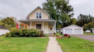 20 Burr Oak Avenue NE, Chatfield, MN 55923
