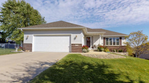 4531 Manor Park Drive NW, Rochester, MN 55901