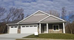 819 Delrose Lane SW, Rochester, MN 55902
