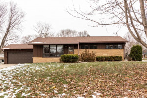 407 7th Avenue NW, Kasson, MN 55944