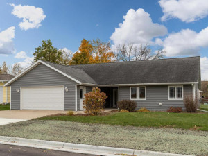 502 GROVE Street E, Rushford, MN 55971
