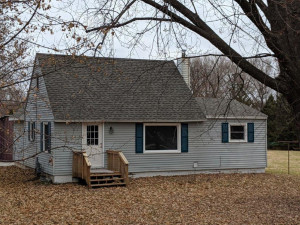 3225 Pinewood Road SE, Rochester, MN 55904