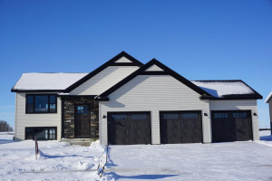 1005 5th Avenue NW, Kasson, MN 55944