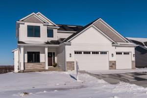 805 Towne Drive NE, Byron, MN 55920