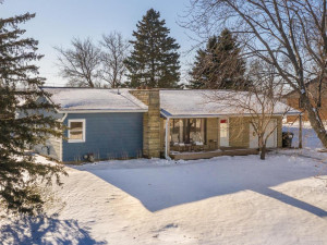 3120 Eastwood Road SE, Rochester, MN 55904