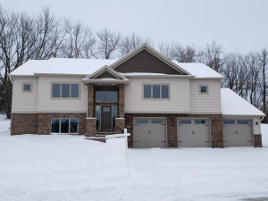 1240 Brookfield Court NE, Byron, MN 55920