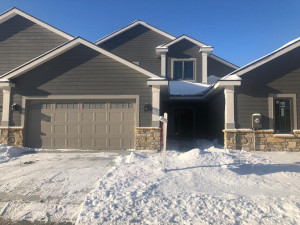 516 Panorama Circle NW, Rochester, MN 55901