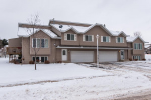 4113 Trumpeter Drive SE, Rochester, MN 55904