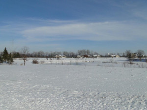 Views of ponds and the Jewel Golf Course. Sits at the end of a cul de sac w/ sidewalks.