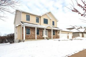 2715 Century Lane NE, Rochester, MN 55906