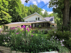 349 Burr Oak Road, Zumbro Falls, MN 55991