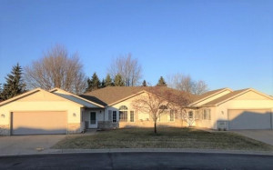 4507 Meadow Lakes Lane NW, Rochester, MN 55901