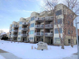 900 S Lakeshore Drive, Lake City, MN 55041