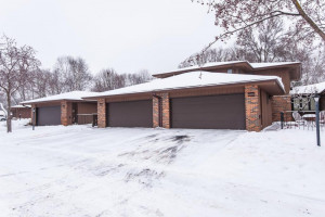2003 Southfield Court SW, Rochester, MN 55902